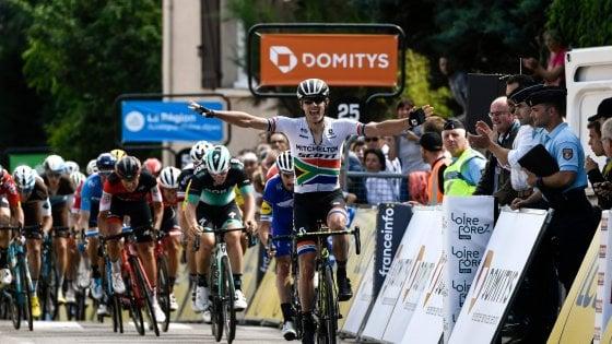 Ciclismo, Delfinato: sprint di Impey, Kwiatkowski resta leader