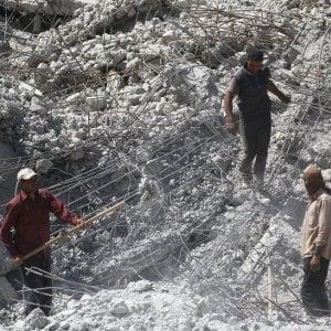 """Amnesty: """"Nella battaglia per Raqqa la coalizione violò leggi internazionali"""""""
