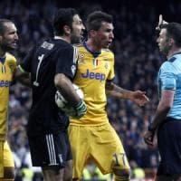 Champions League, tre turni di squalifica a Buffon. Ora può firmare con