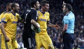 Champions League, tre turni di squalifica a Buffon. Ora può firmare con il Psg