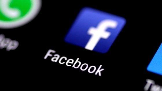 """""""I profughi? Gli diano fuoco"""", condannato per il post su Facebook: sei mesi senza social"""