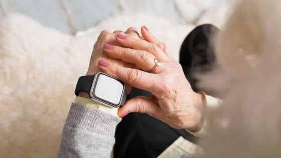 Apple Watch aiuterà a controllare i sintomi del Parkinson