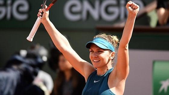 Tennis, Roland Garros: semifinali senza storia, Halep-Stephens in finale