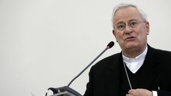 """Bassetti (Cei): """"La politica non cavalchi odio e razzismi"""". E chiede ai cattolici di fare politica """"o si rischia l'irrilevanza"""""""