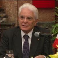 Quirinale: 300 mila firme per 'sto con Mattarella', oggi al Colle