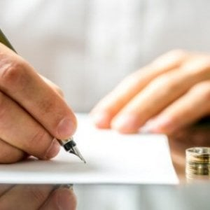 Assegno di divorzio, la svolta della Cassazione: serve un bilancio del contributo di entrambi al matrimonio