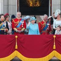 Gb, parata per il compleanno della regina Elisabetta. La prima volta di Meghan e della guardia sikh col turbante