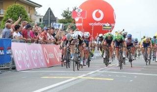 Ciclismo, Giro d'Italia U23: sprint Philipsen a Mornico al Serio. Wildauer resta in rosa