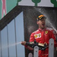 Ferrari, motore nuovo e l'ispirazione di Villeneuve: così Vettel è in testa al Mondiale