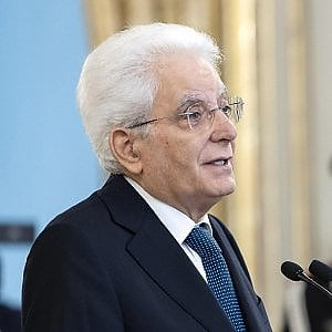 """Mattarella: """"La Repubblica abbia un volto umano. Le frontiere? Segni convenzionali"""""""