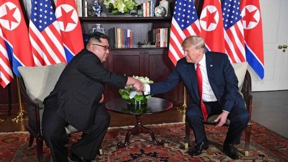 """Trump e Kim Jong-un, accordo """"storico"""" sul nucleare"""
