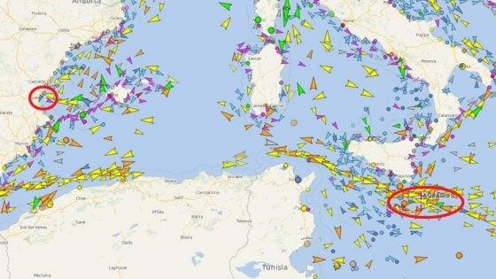 """Aquarius, i migranti a Valencia anche su navi italiane. Ong: """"Naufragio davanti alla Libia: 12 i morti"""""""