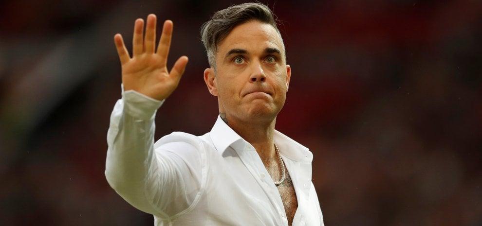 Robbie Williams protagonista della cerimonia d'apertura dei Mondiali di calcio