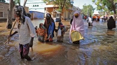 Somalia, da aprile 230.000 persone sfollate  per le inondazioni  oltre la metà sono bambini