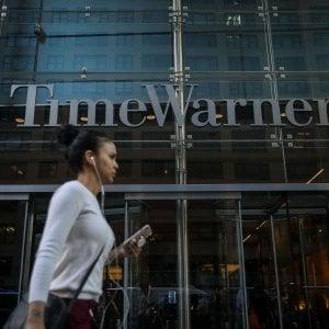 Sì alla fusione tra AT&T e Time Warner senza condizioni
