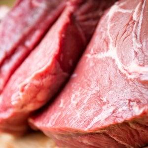 Carne rossa, ecco lo studio completo. L'esperta: Non ci sono i presupposti per inserirla tra i cibi probabilmente cancerogeni