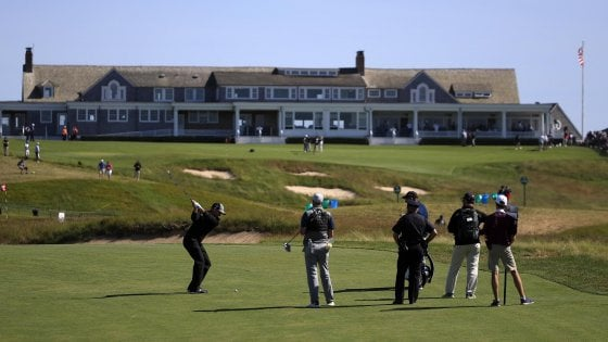 Golf, US Open: in gara i fenomeni del green con Tiger Woods