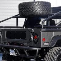 Hummer Launch Edition H1