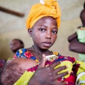 Africa, in Tanzania, Guinea Equatoriale e Sierra Leone le ragazze incinte sono escluse dalla scuola