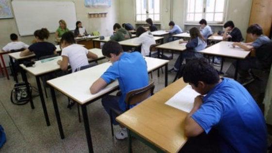 Scuola, Censis: pesano le disuguaglianze, un lavoro inadeguato al titolo di studio per 4 ragazzi su 10
