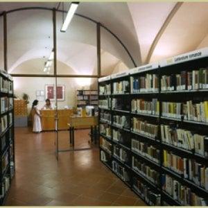 Todi, trasferita la bibliotecaria che difende la libertà di espressione