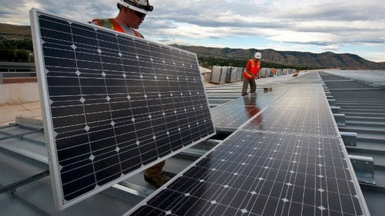 Ue: rinnovabili al 32%