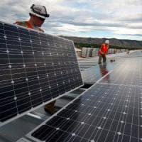 Rinnovabili, accordo Ue sui consumi al 32% entro il 2030