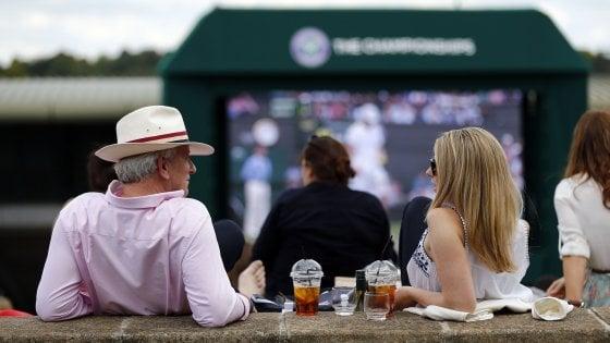 Wimbledon mette al bando le cannucce in plastica