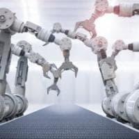 Robot e algoritmi, gli italiani temono il