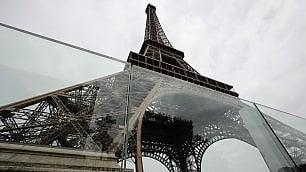 Eiffel: c'è il vetro antishock
