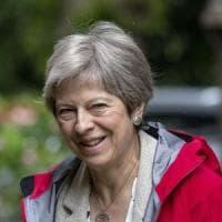 """GB, May promette 22 miliardi alla sanità: """"Grazie alla Brexit"""""""