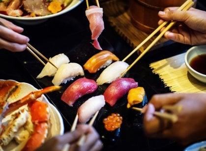 Il Galateo del sushi in 7 punti: ecco come non fare brutta figura davanti a un giapponese