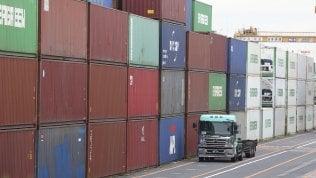 Cala il surplus commerciale italiano: 2,9 miliardi ad aprile