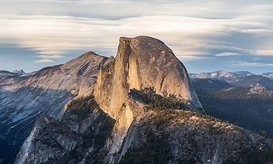 Yosemite. Riapre Mariposa Grove: nel bosco delle sequoie ora il turismo è meno invasivo