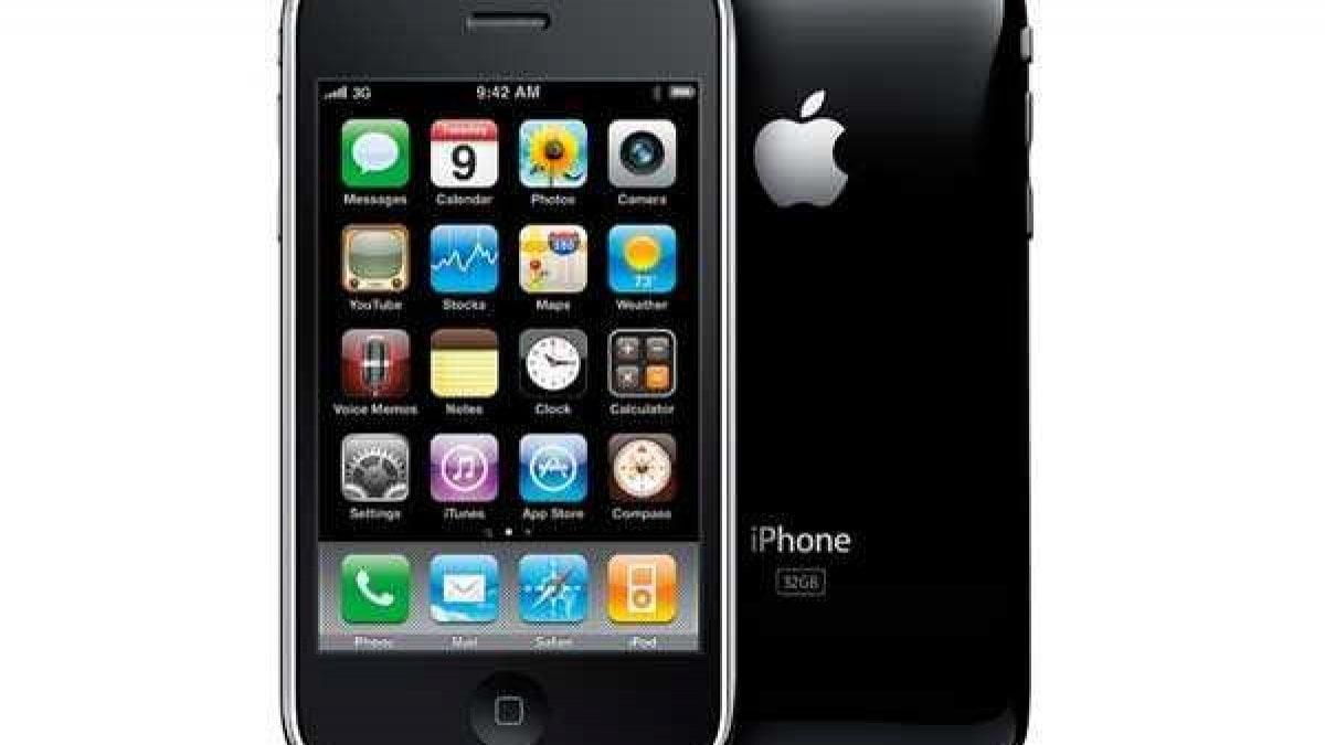 DOPO quasi dieci anni dal lancio l'iPhone 3GS torna in