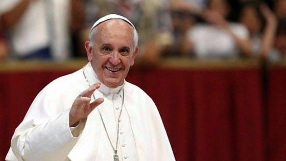 """Papa Francesco: """"Calunnie e scandali inventati, così na"""