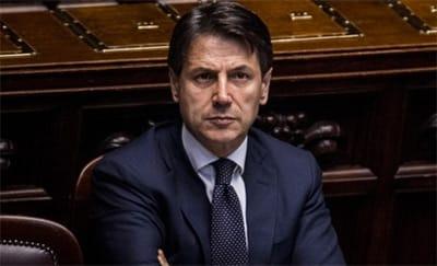 La rete di Conte: dall'incontro con Renzi alle amicizie in Forza Italia