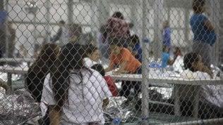 Migranti, figli separati dai genitori: nell'audio che scuote l'Americail pianto dei bambini