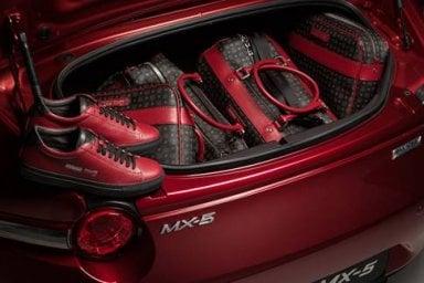 Mazda MX-5 limited edition, solo tre esemplari