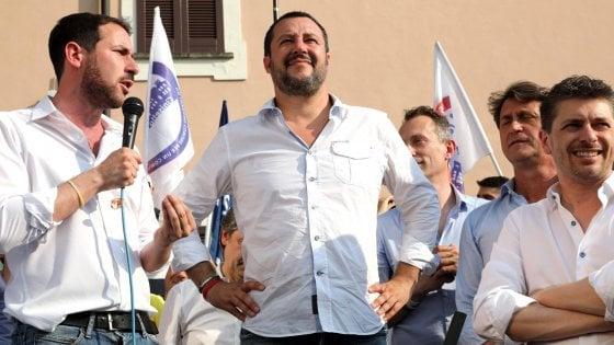 """Salvini: """"Sul censimento dei rom non mollo"""". Poi cambia idea: """"Non è una priorità"""""""