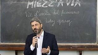 """Salvini: """"Vedrò il Papa, sui migranti lui parla alle anime"""". Fico: """"L'Ue sanzioni Orban se rifiuta quote"""""""