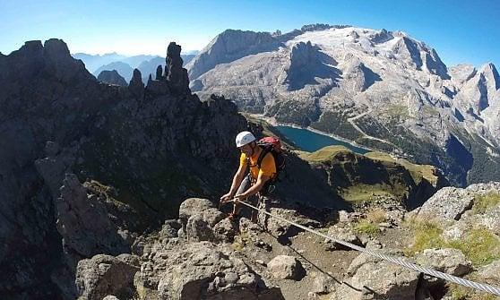 Ferrate, mountain bike, o passeggiate in relax: quattro passi attraverso le Dolomiti Venete