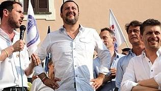 """Salvini: """"Su censimento dei rom vado dritto"""". Poi frena: """"Non è priorità"""" video"""