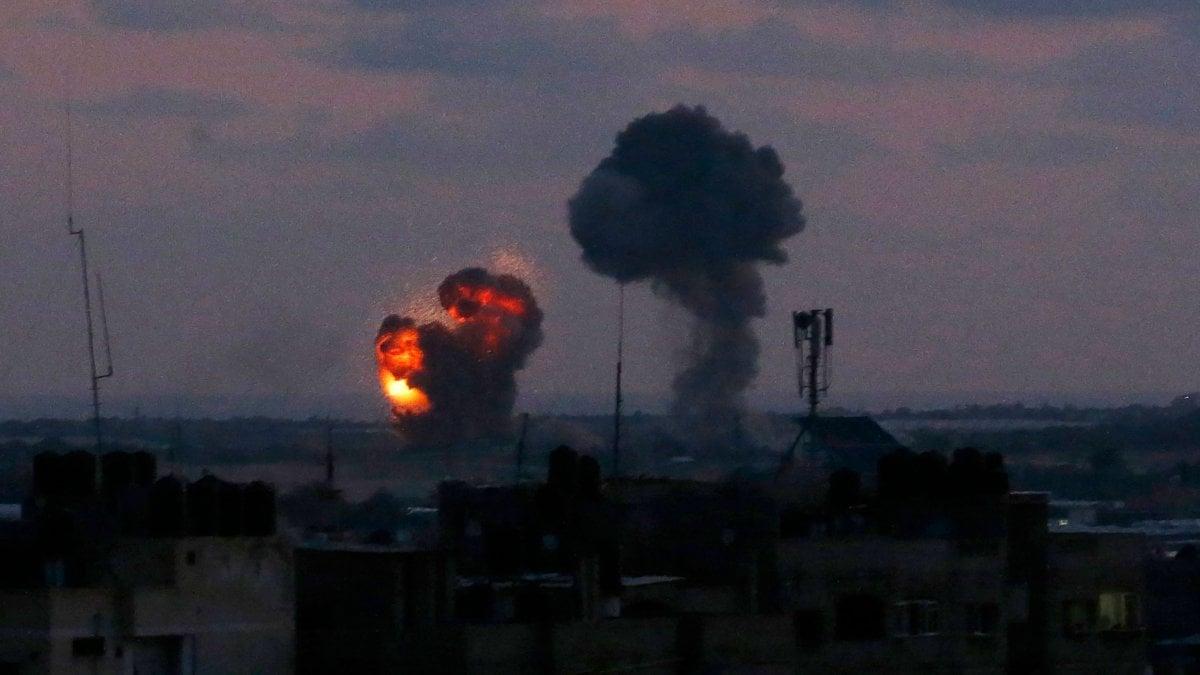 La notte a ridosso del confine di Gaza è stata