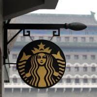 Starbucks, frenata per le vendite. Chiudono 150 caffetterie
