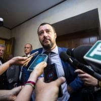 """Migranti, Salvini: """"Conte non vada a Bruxelles se l'accordo Ue è già scritto"""".  Macron e..."""
