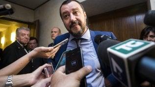 """Migranti, irritazione Italia su bozza vertice. Salvini: """"Macron e Sanchez sono due chiacchieroni"""""""