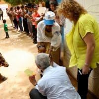 Niger, 112 migranti tornano dai campi libici. Ad accoglierli Filippo Grandi (Unhcr)