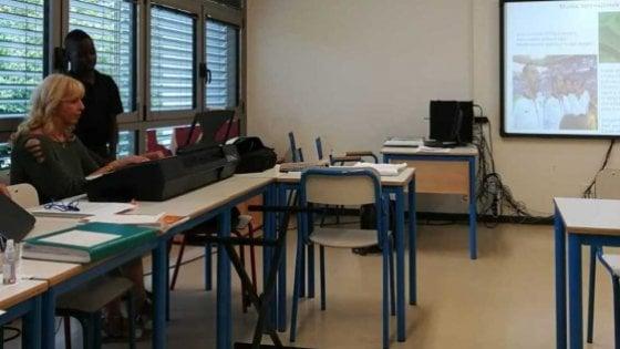 """""""Mi sento italiano"""". Studente ivoriano canta l"""
