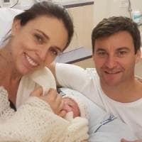 Nuova Zelanda, la premier Jacinda Ardern ha partorito una bambina